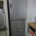 自炊はしないという割り切り。「冷蔵庫」も「電子レンジ」も「食器」も不要と判断した。 ルーチンハックス 003